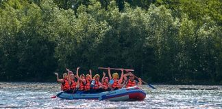 The Mental Health Benefits of Whitewater Rafting